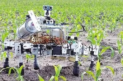 未来农机:会学习的农田作业机器人