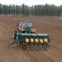 5行气吸式免耕播种机 播种机械 潍柴雷沃